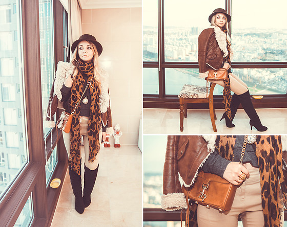 wear- leopard:cross body